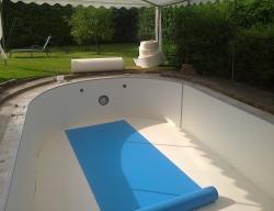 Zwembad in opbouw